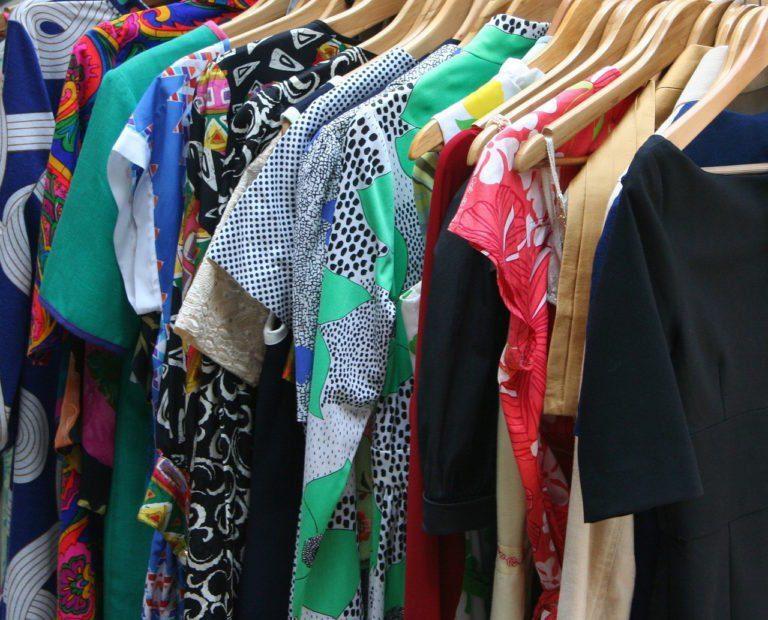 Prêt-à-reporter, … few clothes but good ones